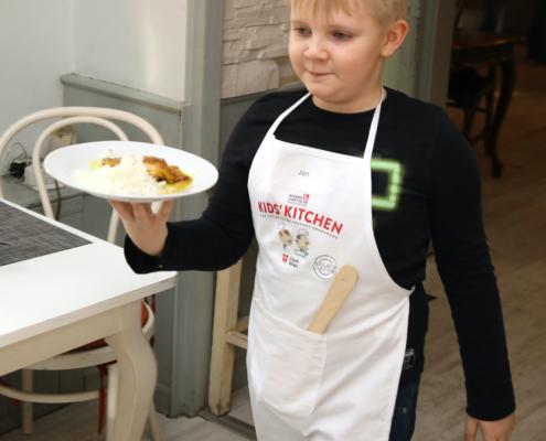 burghart_19_Ablaufdatum_KidsKitchen_078